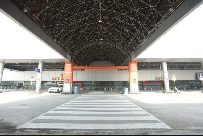 new delhi airport mistertikku
