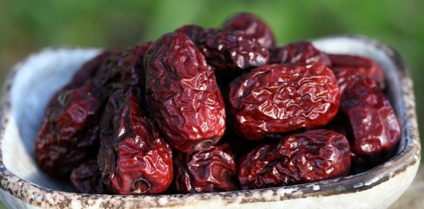 Breaking Fast with Dates – ra ramzaan tradition